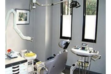 吉田歯科医院の求人画像